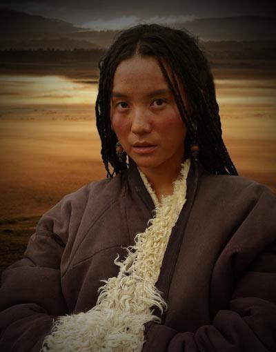 小宋佳饰演藏族少女 《西藏往事》造型曝光