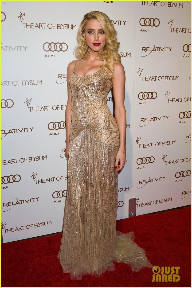 艾梅柏·希尔�... Amber Heard