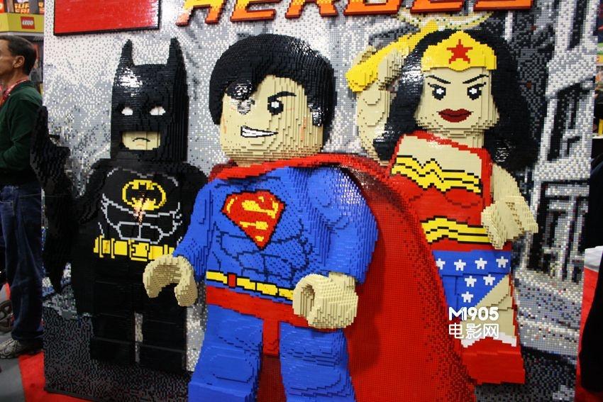 圣地亚哥lego模型展 绿巨人癫狂霍比特人狂卖萌图片图片
