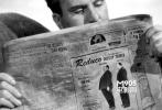 最煞费苦心的客串就是1944年的怒海孤舟里面,这是一个在茫茫大海逃亡的故事,因角色场景限制,希区柯克为了能在影片里出现,不惜减肥,然后拍一个减肥前和减肥后的广告,放在报纸里,以便顺理成章的露脸……