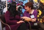 马莎·库利奇,好莱坞久负盛名的女导演;凯莉·加琳多,好莱坞知名女演员,两位查普曼大学道奇电影学院的教授同时现身北京,担任《变形金刚4》中国演员招募活动百强选手的专业导师。近日,[电影网]专访了两位传奇导师,请她们对《变4