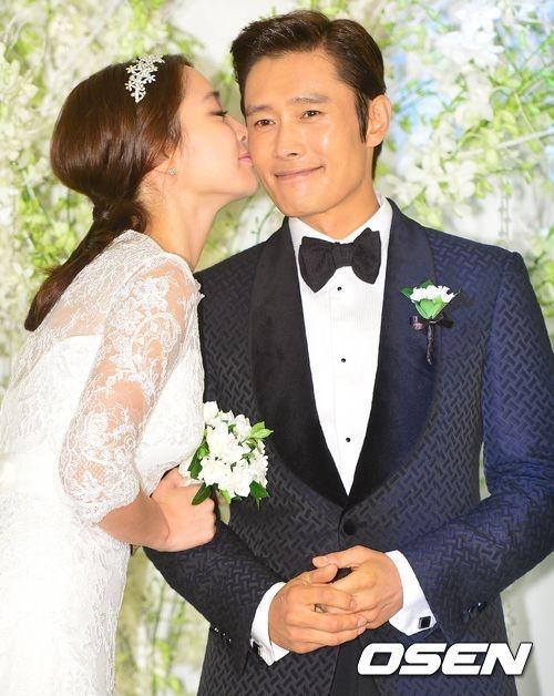 李秉宪赴马代度蜜月 回国后9月初开拍《侠女》