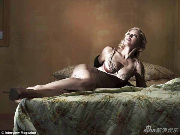 性感老妇_日前56岁麦当娜性感大片青春逼人让人惊艳,一名与她同岁老太自称