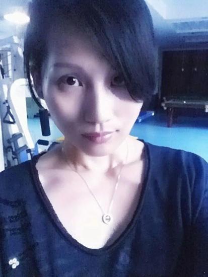 邓超姐姐近照曝光 与袁泉相似(图)
