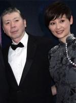 """冯小刚获颁法国文学骑士勋章 有意开拍""""非诚3"""""""