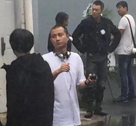 现场除了导演文章之外,小宋佳,陈赫,朱亚文也现身,疑似加盟该片的拍摄
