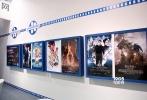 """10月29日至11月1日,第十届金沙娱乐北京国际文化创意产业博览会(以下简称""""文博会"""")召开,1905电影网作为参展商之一亮相。博览会上,1905电影网集中对外展示了1905产业集群的概念和发展模式,以及自身在全产业链多元化布局中所取得的成果。借助产业集群的建立,网站将实现电影、互联网业务板块的优势资源整合,呈现出1905品牌的最大化价值,达成""""1905电影网,推动电影产业发展,助力金沙娱乐电影腾飞""""这一重要发展目标。"""