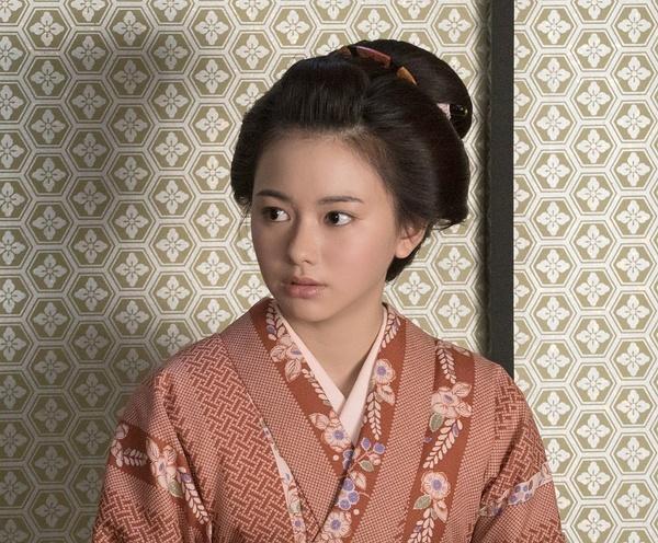山本舞香出演《殿下,给你成本!》 与瑛太扮夫妻