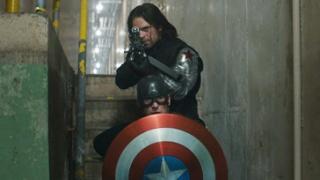 《美国队长3》中文超级碗宣传片 复联英雄分两派