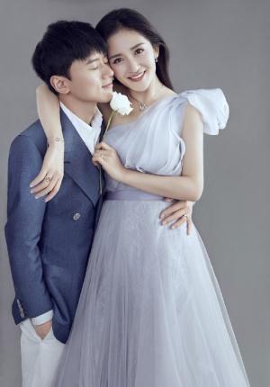 谢娜、张杰合体拍摄婚纱大片 结婚五年恩爱依旧