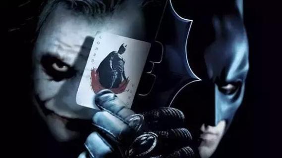 小丑和蝙蝠侠是一枚硬币的两面-围观少爷 据说他演的小丑比希斯 莱杰