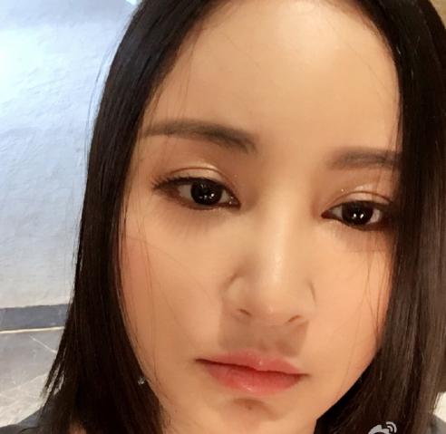 张歆艺产后自拍_张歆艺发自拍遭网友吐槽:你好,尚雯婕!
