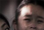 """刘杰执导,霍建华、秦海璐和万茜领衔主演,春夏特别出演,董子健友情出演的悬疑惊悚电影《捉迷藏》将于11月4日全国上映。片方今日发布了""""扑朔迷离""""篇制作特辑,众主创从不同角度解释了这一""""生人入室""""的故事,显露电影在悬疑、惊悚外壳下紧扣社会现实的内核。"""