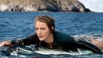 """《鲨滩》制作特辑 全景解析最惊险""""人鲨大战"""""""