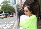 """击破""""婚变""""传闻 杨幂刘恺威贴心接送女儿上学"""