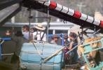 """虽然《雷神3:诸神的黄昏》(以下简称《雷神3》)应该已经结束拍摄,但近期仍发布了不少影片的片场照,不仅有泰莎·汤普森的""""女武神""""造型曝光,""""雷神""""克里斯·海姆斯沃斯的新盔甲也得到展示。"""