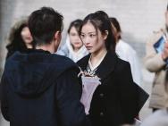 《28岁未成年》倪妮寒冬赤脚奔跑 网友直呼心疼