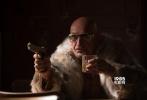 由好莱坞新生代巨星尼古拉斯·霍尔特;奥斯卡提名影后菲丽希缇·琼斯领衔主演,并由两大奥斯卡影帝安东尼·霍普金斯与本·金斯利护航加盟的竞速大片《极速之巅》,今日宣布定档12月2日,作为年末中国电影市场进口加片中唯一的追车动作犯罪大片,本片有望点燃今冬观众内心的观影激情。
