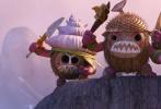 """由《疯狂动物城》、《超能陆战队》、《冰雪奇缘》原班人马打造的动画冒险喜剧《海洋奇缘》(Moana)将于11月25日同步北美公映。影片发布一支名为""""海洋助力""""的中文片段,人格化的海洋作为全片最大惊喜""""客串出演"""",强行加入到莫阿娜与毛伊这对欢喜搭档的较量中,刷足存在感。11月25日,元气少女莫阿娜、威力半神毛伊,外加活灵活现的""""小海宝"""",一段令人难忘的大海奇缘即将开启。"""