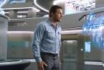 """""""星爵""""克里斯·帕拉特和""""大表姐""""奥斯卡影后詹妮弗·劳伦斯联袂主演的年度科幻冒险巨制《Passengers》(暂译《太空旅客》)将于12月21日正式登陆北美。今日,该片幕后制作特辑大曝光,不仅展现了全面升级的太空新科技,还为观众首次揭密了浪漫宇宙星空的拍摄手法,匠心独具的技术运用和不避劳苦的制作过程令人叹为观止。"""