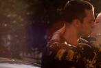 """《极速之巅》作为2016年底唯一一部动作类引进片,英国颜、伦敦腔、大场景的超豪华阵容不容小觑,足以让喜欢英剧和电影的观众疯狂。由新生代演员,《X战警》里化身蓝毛变种人""""野兽""""的英伦小王子尼古拉斯·霍尔特与曾出演《超凡蜘蛛侠2》的菲丽希缇·琼斯领衔,携手与两大奥斯卡老牌影帝安东尼·霍普金斯、本·金斯利全程无尿点飚戏,给观众带来顶配观影体验。这部即将于12月2日上映的竞速大戏,囊括了全英阵容中的新生代高颜值,老戏骨的抑扬顿挫伦敦腔,伴随着惊险刺激的超燃剧情,将把你带入一场酣"""