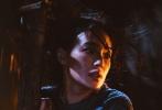 """电影《健忘村》近日发布了一支"""" 好戏开场""""版预告及一款""""两副面孔""""海报。在曝光的预告中,舒淇眼中的村民们各个自私冷酷、唯利是图,健忘村实为欲望横生的""""恶人谷""""。"""
