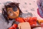 由美国莱卡工作室出品,塔拉维斯·奈特执导,查理兹·塞隆、阿特·帕金森、马修·麦康纳、鲁妮·玛拉、拉尔夫·费因斯联合配音的定格动画电影《魔弦传说》3D今日曝光导演解说特辑。