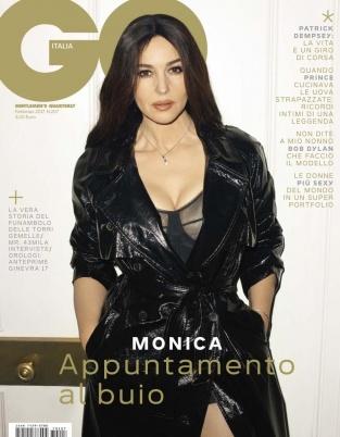 莫妮卡·贝鲁奇拍写真 53岁的女神依旧性感美丽