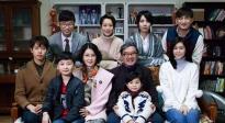 黄磊北大宣传《麻烦家族》 与学子交流家庭观