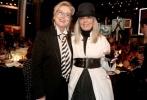 """洛杉矶当地时间6月8日,美国优乐国际学会(AFI)举办第45届终身成就奖典礼,此次奖项的得主黛安·基顿登台获领荣誉,向来不愿离开纽约的伍迪·艾伦罕见现身致辞。此外,""""石头姐""""艾玛·斯通、瑞茜·威瑟斯彭以及老戏骨""""梅姨""""、摩根·弗里曼、阿尔·帕西诺等众多明星纷纷现身。"""