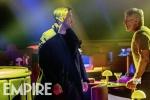 《银翼杀手2049》新剧照 高司令对峙哈里森·福特