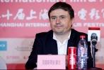 6月18日,第二十届上海国际电影节金爵奖评委见面会在银星皇冠酒店举行评委会成员克里斯蒂安·蒙吉、曹保平、李樯、米尔科·曼彻夫斯基、萨布、加里·迈克尔·沃尔特斯、许晴现身。许晴以演员身份担当国际电影节评委,自称好电影是令人有所感知且富有感染力的。在随后的发言中评委们都表达了对接下来几天参评齐乐娱乐的期待。