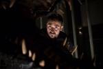 《侏罗纪世界2》幕后照 新混血恐龙或横空出世