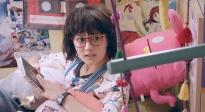 """《闪光少女》""""料不能停""""版预告片"""