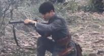 《建军大业》独家片场 马天宇拿起钢枪冲锋上阵
