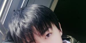 王俊凯入学北影需解约?老师称不知情艺人方不回应
