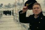 《敦刻尔克》(Dunkirk) 将于9月1日起在内地全面公映。作为著名导演克里斯托弗·诺兰(Christopher Nolan)全新力作,《敦刻尔克》的道具装备从每一个细微处逼近历史真实,大到飞机军舰小到子弹枪炮概莫能外,甚至租借大量二战装备,拍摄现场几乎变身小型二战博物馆。片方今日发布新款预告,精益求精的道具装备在坚持实拍的诺兰镜头下堪称惊艳,展现出无与伦比的真实质感。