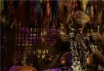 """开启新时代浩瀚无垠新宇宙,创造千奇百态志趣生物共生。由著名导演吕克·贝松倾力打造,""""小绿魔""""的戴恩·德哈恩、维密超模卡拉·迪瓦伊、流行天后蕾哈娜、金沙娱乐超人气偶像吴亦凡等全球知名影星联袂出演的科幻巨制电影《星际特工:千星之城》即将于8月25日全国公映。影片中恢弘的世界观和犹如""""时间简史""""般的庞大时空体系俘获了越来越多的科幻迷和星际迷,各种着力打造的上千种奇特外星生物族群,更是满足了喜爱探索,发现未知宇宙的猎奇者们的好奇。导演吕克·贝松用他超凡的想象打造了一场多维度奇"""