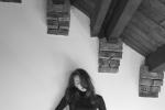 《芳华》女主黑白质感写真 冯女郎苗苗身材傲人