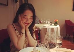 蒋梦婕悠闲度假晒自拍美照 获网友称赞景美人更美