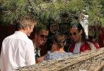 据悉,两人已经在此岛上举行婚礼。