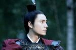 陈坤发布《凰权·弈天下》戎装照 英武霸气引期待