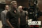 由科恩兄弟编剧,乔治·克鲁尼导演,马特·达蒙、朱丽安·摩尔、奥斯卡·伊萨克等众多好莱坞一线明星主演的犯罪喜剧《迷镇凶案》,于近日传出消息有望引进。