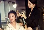 """如今她凭借这两部剧也收获中国第一个双十亿票房女主,获赞""""票房女王""""称号。"""