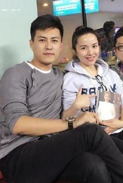 靳东老婆_靳东和老婆