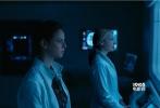 由二十世纪福斯出品的好莱坞科幻动作片《移动迷宫3:死亡解药》即将于1月26日登陆中国内地影院,齐乐娱乐日前也曝光一段亮点十足的末日之战预告片。新预告由劫火车的精彩画面开启,紧张刺激的气氛渗入每一帧画面,更让人对即将到来的系列终章充满期待。