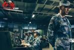 2月12日是农历腊月二十七,距离军事动作优乐国际《红海行动》上映不到4天。在影片中饰演军舰舰长的实力派演员张涵予,在微博上发表了一封情真意切的长文,追忆甲午海战历史,向中国海军致敬——感谢强大的祖国和勇敢的海军战士,最后他更是诚挚邀请全国观众大年初一到影院检阅《红海行动》这部诚意十足的影片。