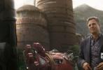 近日,漫威旗下的巨制《复仇者联盟3:无限战争》曝光了海量剧照。在剧照中,复联成员几乎是集体出动,展开了一场宏大的战争。得到了无限宝石的灭霸,似乎是成为了全宇宙里最强的反派。而银河护卫队成员的登场,也令影片有了全新的看点。