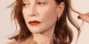 法国女星于佩尔再现北影节 两部新片展现超能力