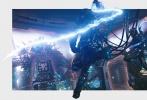 """好莱坞科幻动作巨制《环太平洋:雷霆再起》重磅发布由艺术家创作的""""燃在中国""""特别版海报,当机甲和巨兽置身于中国观众熟知的东方明珠塔、央视大楼、""""小蛮腰""""、西安钟楼、哈尔滨圣索菲亚教堂和重庆长江大桥等地标建筑时,震撼的场面壮观十足,燃爆观众感官。同时发布的""""血战到底""""版裸眼3D预告中,巨兽再袭地球,人类热血集结,机甲重燃斗志,关乎人类命运的大战即将打响。当大场面与裸眼3D相结合,透过屏幕就能直观感受到机甲与怪兽破屏而出的震撼与嗨爽。"""